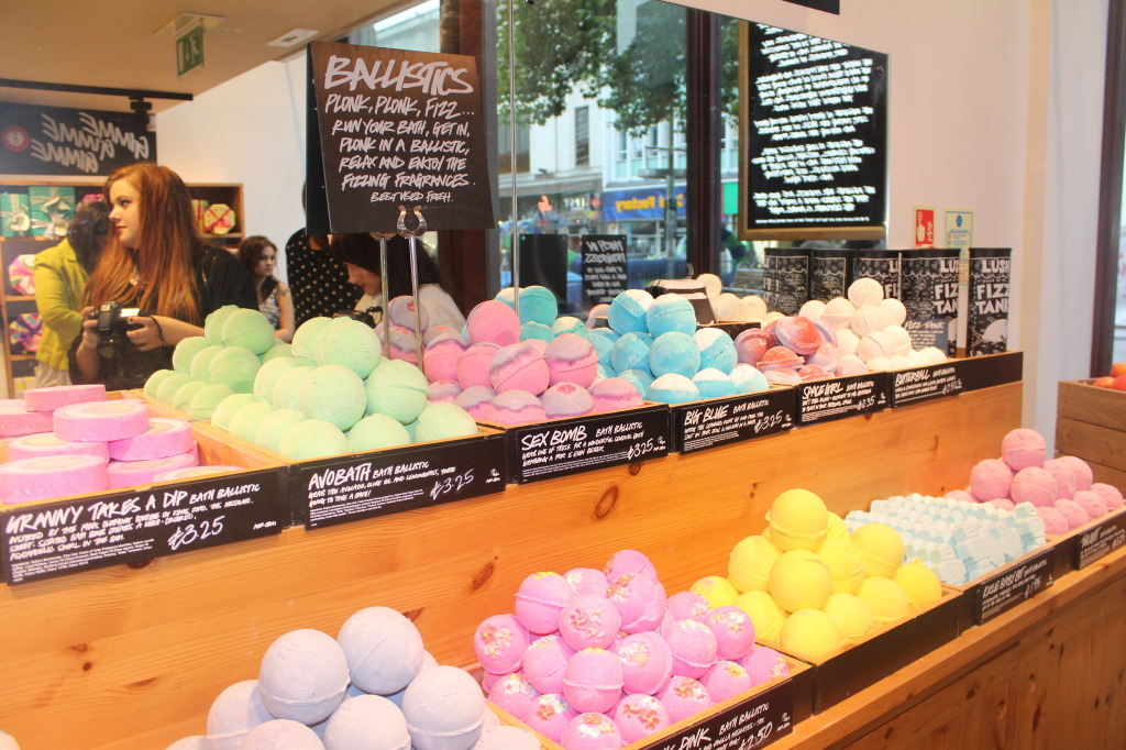 lush cardiff summer blogger event alice in a looking glass