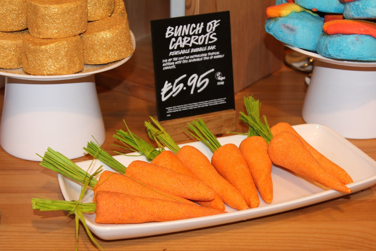 LUSH Bunch of Carrots Bubble Bars